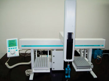 Image: The HTS PAL autosampler (Photo courtesy of Leap Technologies).