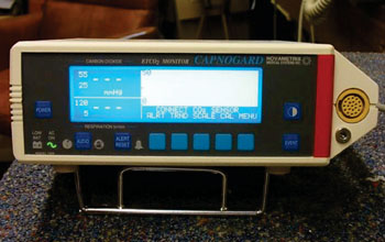 Image: The Capnogard 1265 capnometer (Photo courtesy Novametrix Medical Systems Inc.).